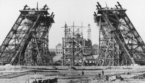 埃菲尔铁塔象征着什么?埃菲尔铁塔的十大历史故事