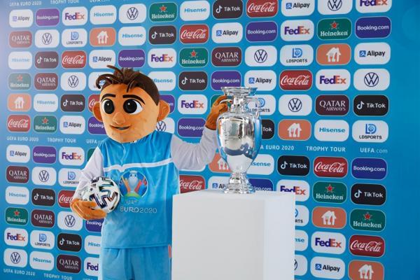 荷兰门将西莱森在新冠检测呈阳性后遗憾落选 2020欧洲杯阵容